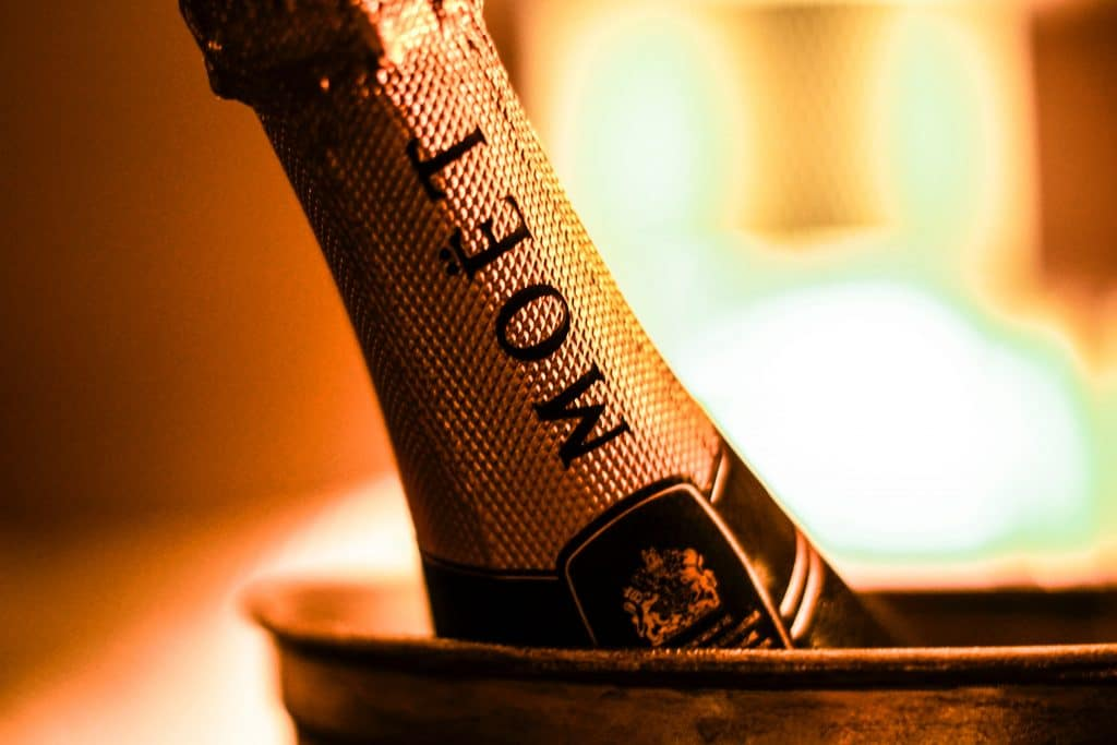 moet et chandon2 unsplash