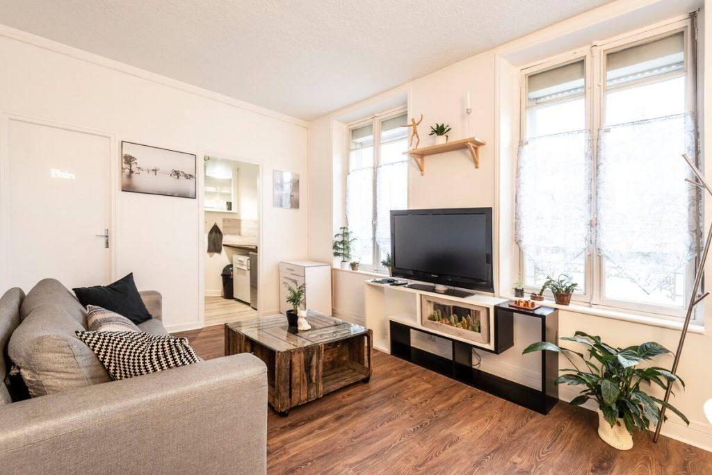 appartement gare reims airbnb