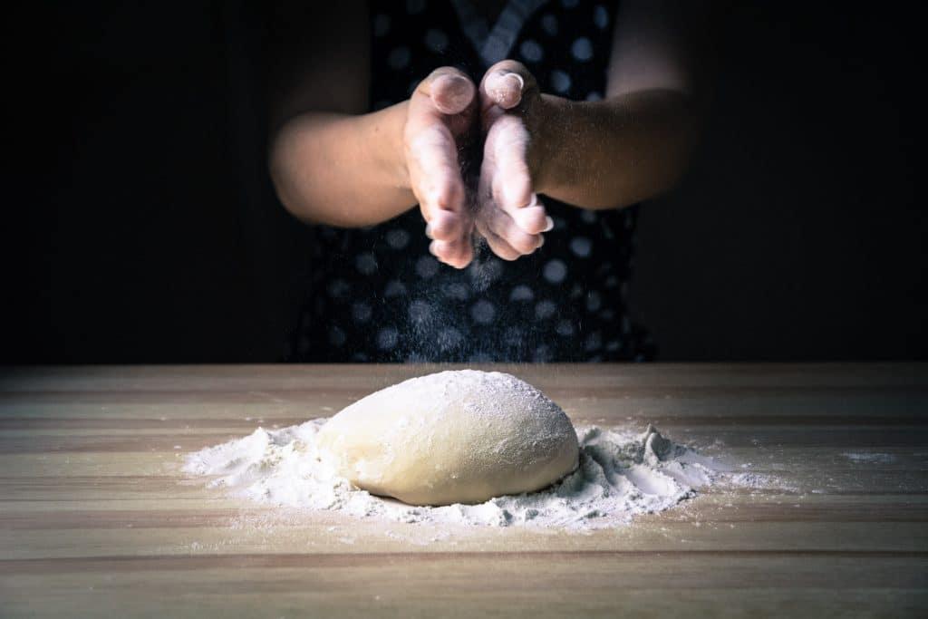 petrissage boulangeries reims unsplash
