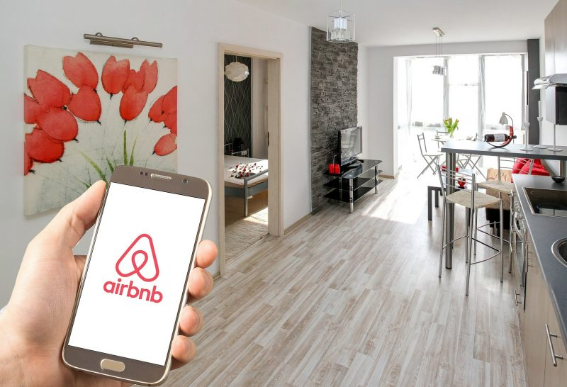 top 10 airbnb reims pixabay e1605111259854