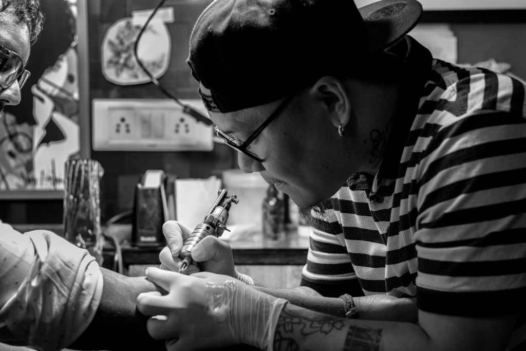 tatoueur meilleurs tatoueurs troyes pixabay